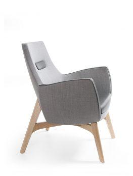 UMM 702 Chair
